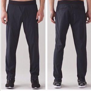LULULEMON • 'Great Wall' Gray/Black Pant- XL